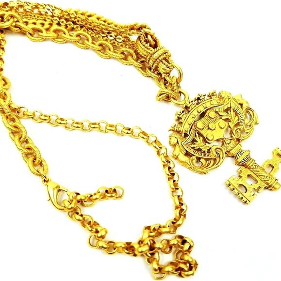 Elizabeth Cole Jewelry - Elizabeth Cole necklace goldplated antiqued key pa